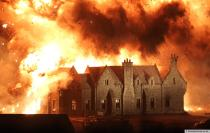 skyfall-lodge-explosion-scene-007-surrey-set